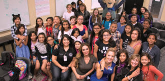 Empowering Girls Forum participants pose with panelist (left to right seating) Venessa Soto, Edna De Saro, Linda Tovar and Judge Rose Guerra Reyna.