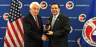 Congressman Henry Cuellar (TX-28) presented with the Spirit of Enterprise Award by U.S. Chamber of Commerce President and CEO, Thomas Donohue, on Tuesday in Washington.