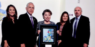 Shell was honored for its longtime commitment to the UTRGV HESTEC program with the HESTEC CIENCIA award, presented at a reception on Thursday, Oct. 4, at the Performing Arts Complex on the UTRGV Edinburg Campus. From left are Veronica Gonzales, UTRGV vice president for Governmental and Community Relations; former U.S. Congressman Rubén Hinojosa; Tina Aguirre, Shell IT manager Capital Projects Downstream and UnConventionals; Vanessa Nichole Hernandez, outreach coordinator/constituent service representative for U.S. Congressmen Henry Cuellar; and UTRGV President Guy Bailey. (Courtesy Photo)