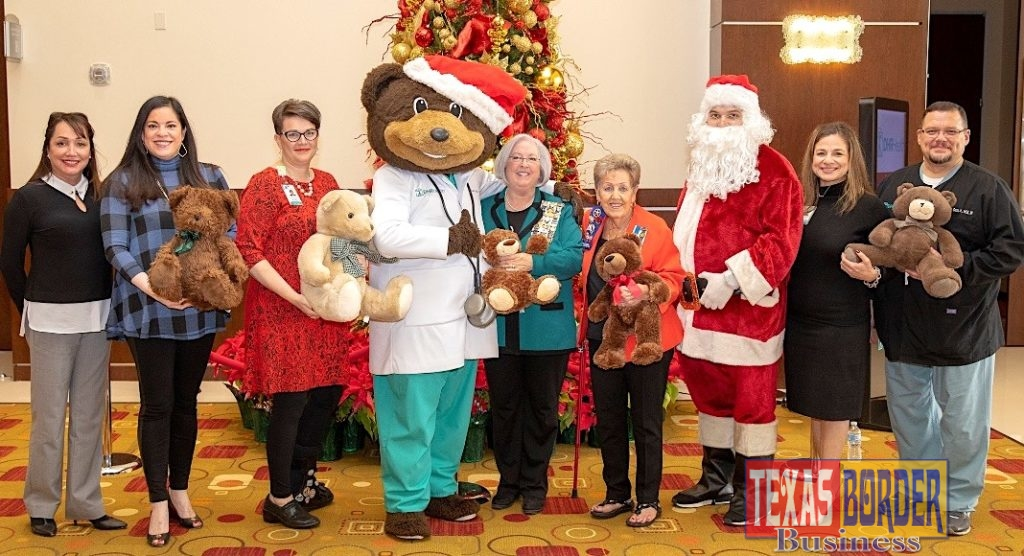 DHR Health receives a donation of teddy bears from Paula Owen and Irene Quail, representing the Rio Grande Chapter National Society Daughters of the American Revolution. Pictured from left to right: Norma Teran, DNP, MBA, RN, Chief Nursing Officer, DHR Health; Elizabeth Adamson, DNP-HI, MSN, RN, BC, Chief Nursing Information Officer, DHR Health; Lesley Anne Durant, JD, CHC, CHPC, Chief Compliance and Privacy Officer, DHR Health; Dr. Ted E. Bear; Paula Owen; Irene Quail; Lisa R. Treviño, PhD, Vice President for Research and Development; Mario Garza. Jr., MSN, RN, Vice President of Surgery and Procedural Services, DHR Health.