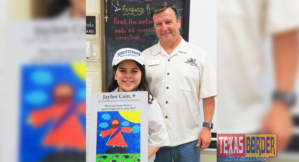 Pictured above is Jaylen Cain & Mike Bigelow of Schlitterbahn: Mike Bigelow, director of marketing and sales at Schlitterbahn Waterpark & Beach Resort, announced that Jaylen Cain, 9, won a week-long vacation for her family at Schlitterbahn. Cain answered and illustrated a question from the Gospel of John for the RGV Children's Arts Festival. For more info about the online, arts festival, visit www.KidsTalkAboutGod.org/rgv.
