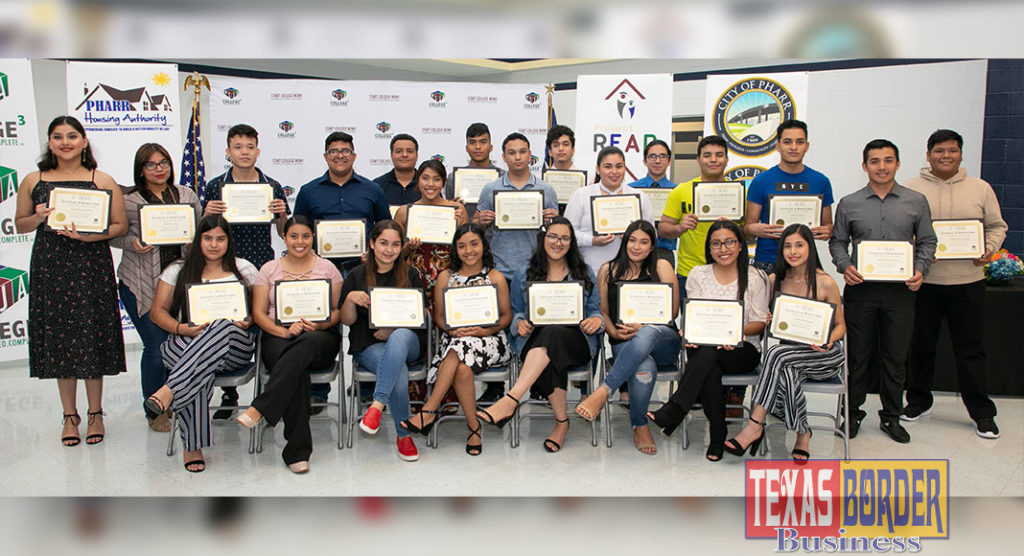 PSJA ISD graduates and Pharr Housing residents pictured after receiving a scholarship from Project READ.