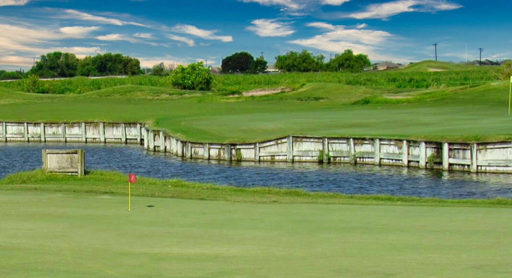 Los Lagos Golf Course named Edinburg Chamber's Business of the Month